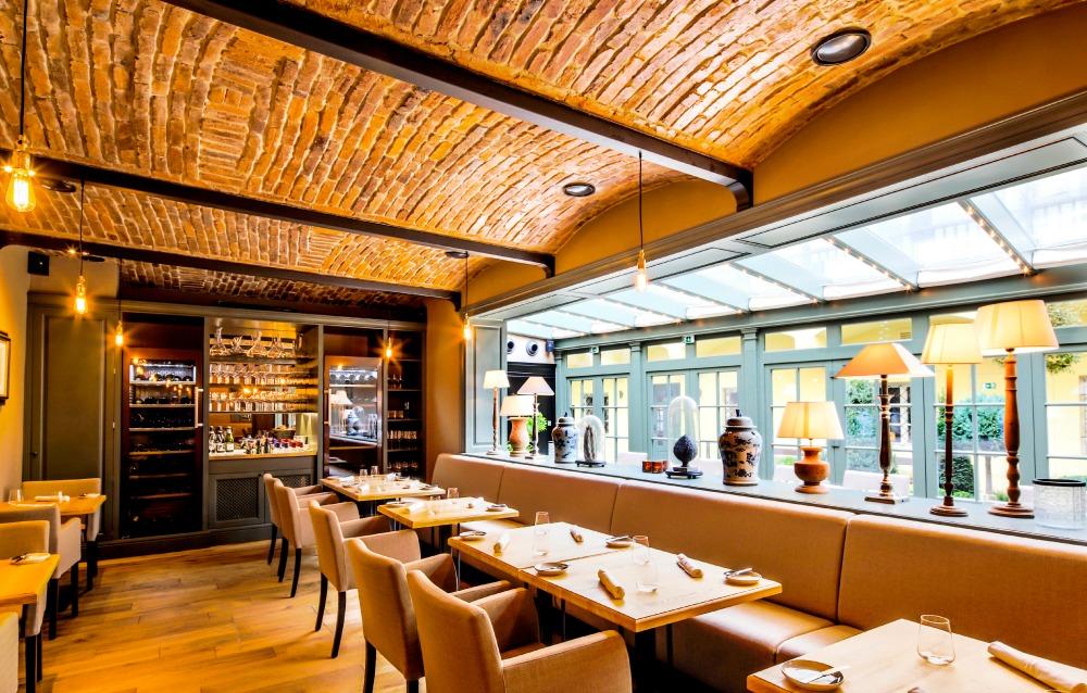 Grand Cru Restaurant II
