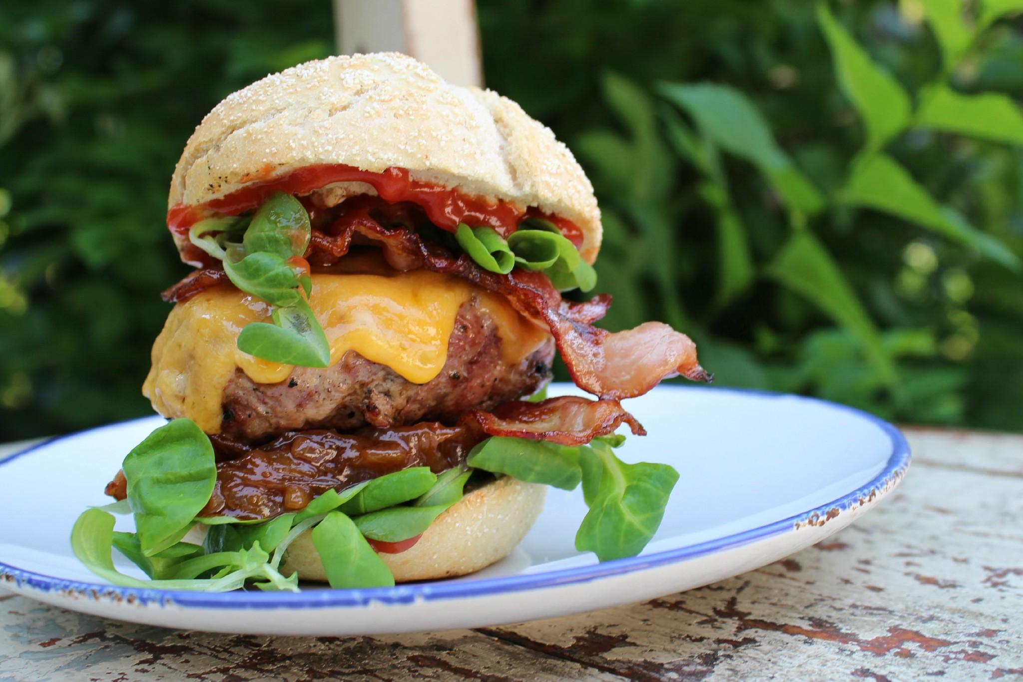 burger se slaninou
