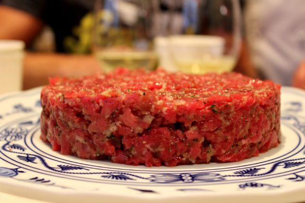 stůl - tatarák 2
